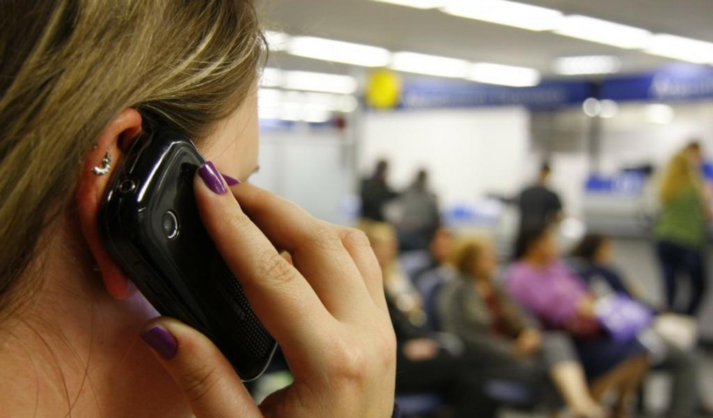 celular en bancos octubre