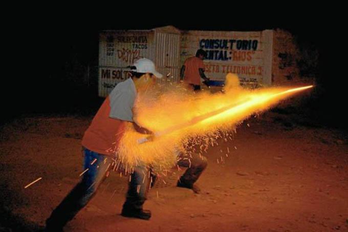 Photo of Cundinamarca prohíbe la pólvora durante la Navidad