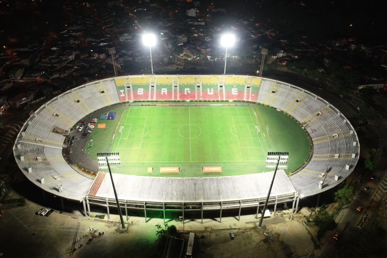 Estadio luminarias 8