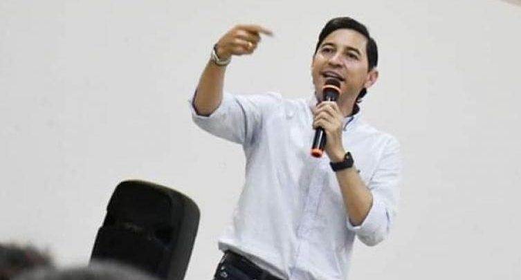 Andrés Hurtado podría salir bien librado en el caso de piques ilegales 1