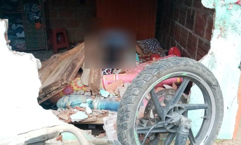 Falleció motociclista que chocó contra una casa 1