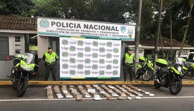 Policía frustró entrega de encomienda con 86 kilos de marihuana 1