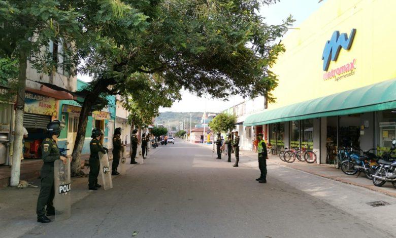 Por pataleta de Concejal militarizan Venadillo 1