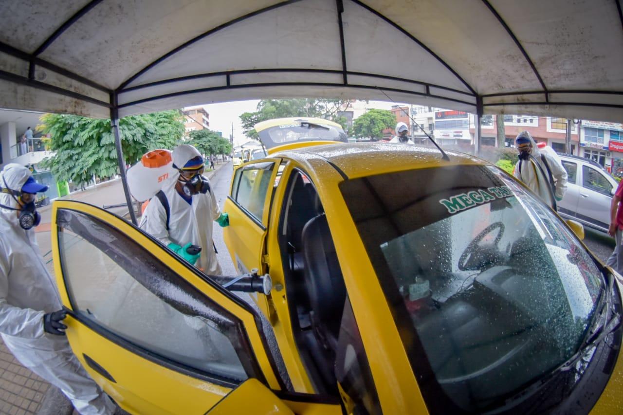 Taxis de Ibagué, limpios y desinfectados 2
