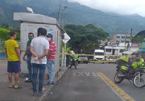Sicariato en la puerta del Hospital Federico Lleras Acosta 1