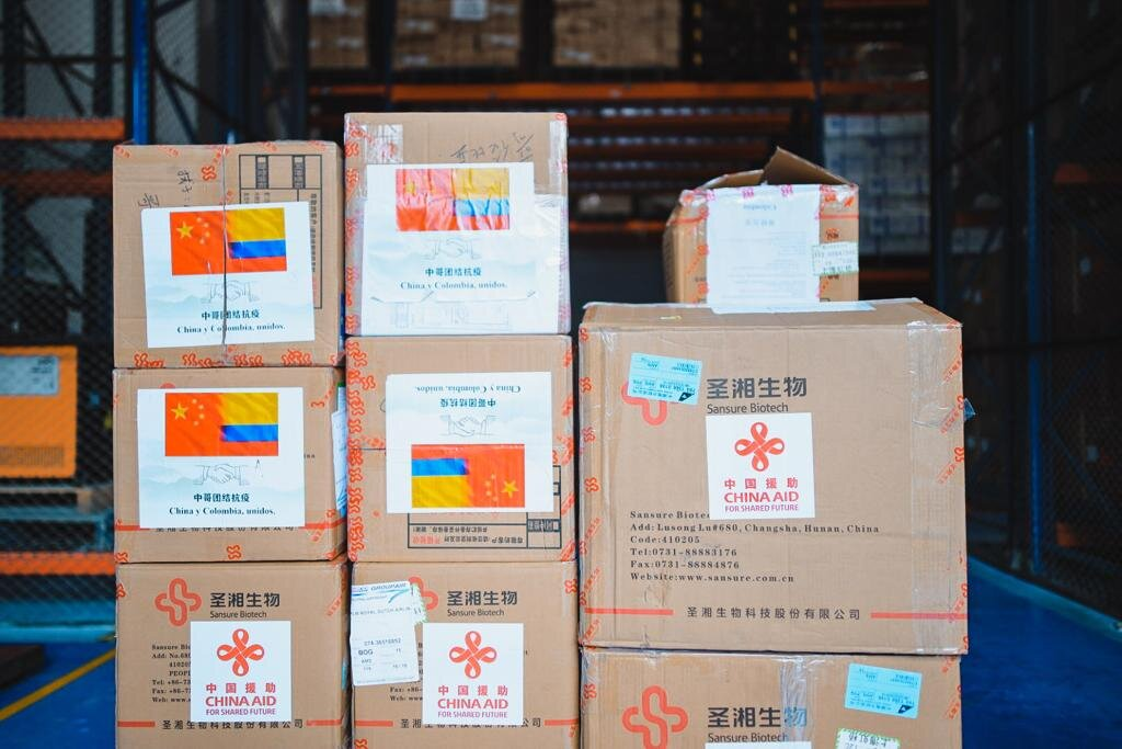 China hizo una importante donación de materiales para combatir el covid-19 2