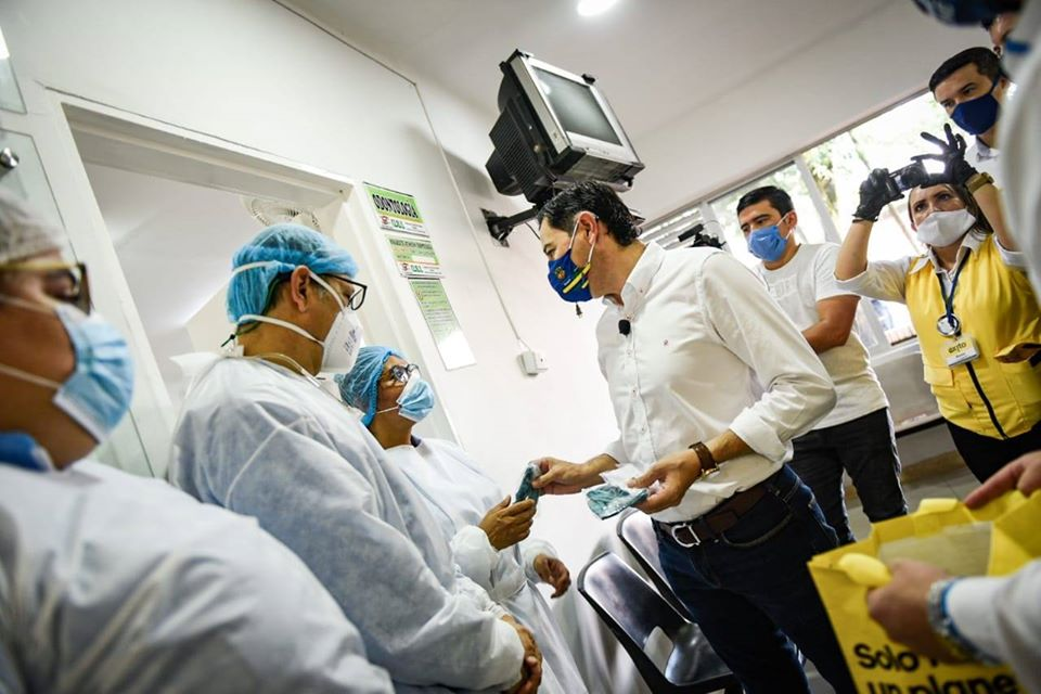 Población vulnerable de Ibagué recibió donativo de tapabocas 3