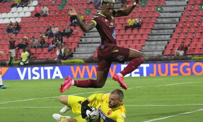 Celebran los futbolistas colombianos, ya está listo el protocolo para el retorno 1