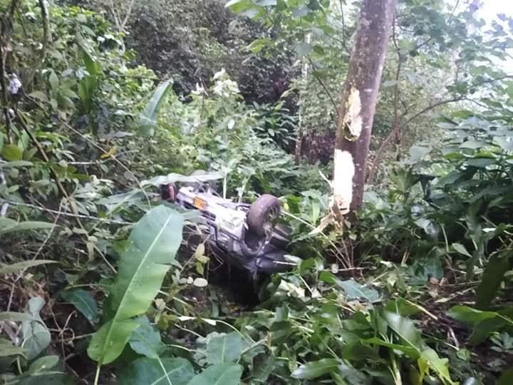 Conductor salió ileso de accidente en Abismo de Ortega Tolima 5