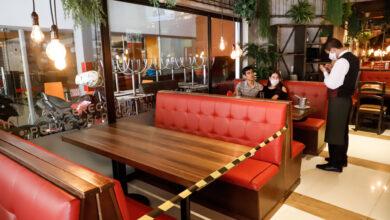 Photo of Cuatro bares harán prueba piloto para reapertura en Bogotá y Medellín