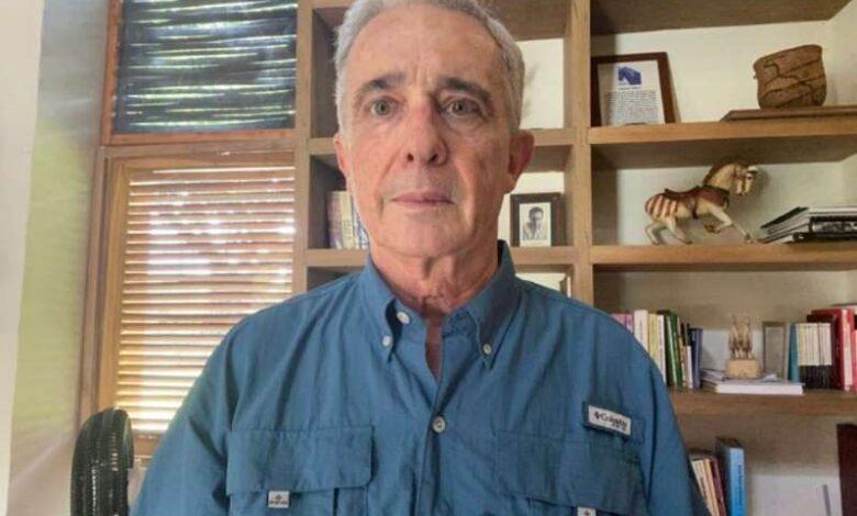 El 10 de octubre se sabrá si Uribe queda libre o sigue detenido 1