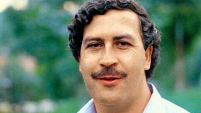 Verdadero o Falso. Encontraron 18 millones de dolares podridos en caleta de Pablo Escobar 4