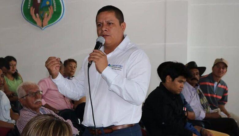 Imputan cargos al Alcalde de San Antonio por presunta corrupción en contratación durante la  emergencia sanitaria Covid-19 1
