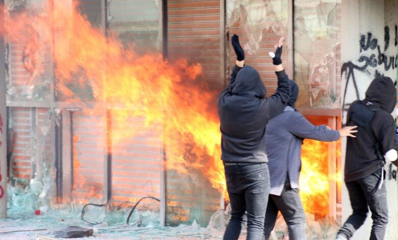 """""""El derecho a la protesta se debe ejercer de forma pacífica para que no pierda legitimidad"""" Confecámaras. 1"""