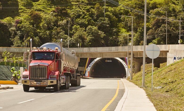 209.423 vehículos se movilizaron por la vía Cajamarca-Calarcá en los primeros 30 días. 1