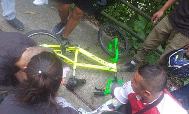 Un menor muerto y otro herido deja accidente en bicicleta 1