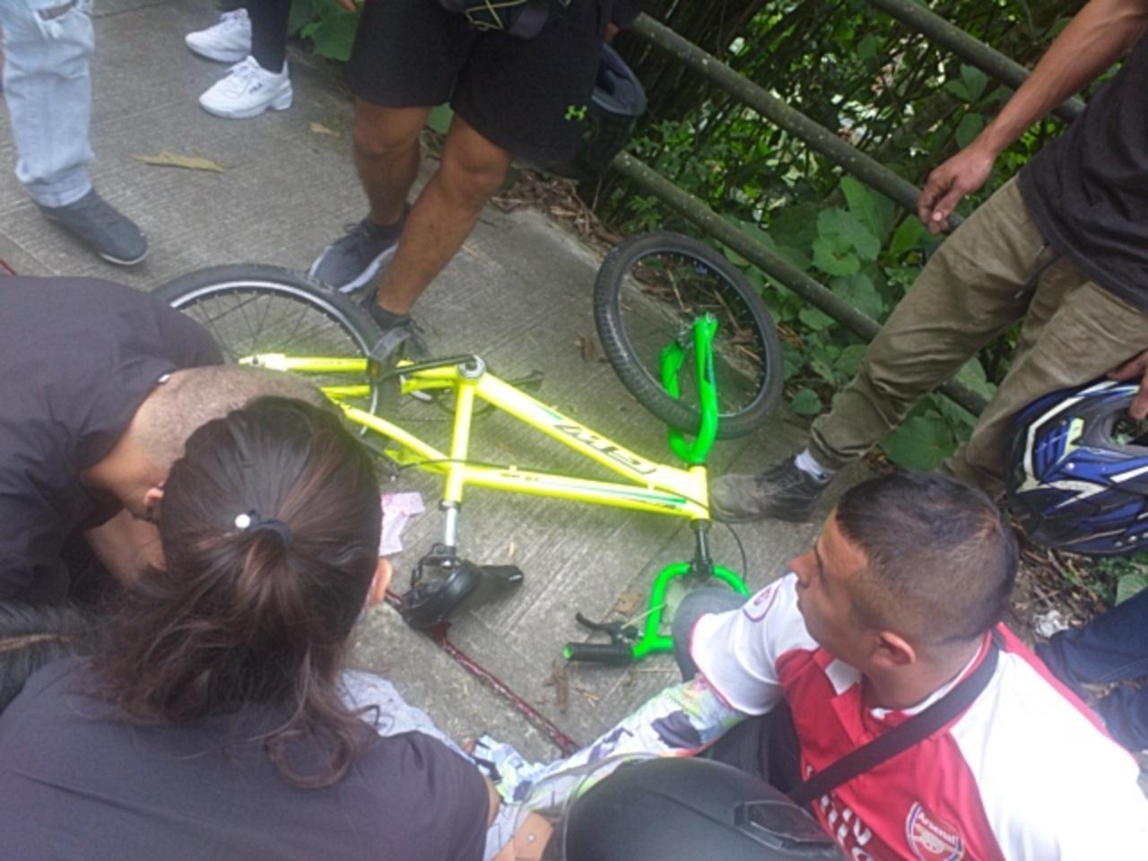 Un menor muerto y otro herido deja accidente en bicicleta 2
