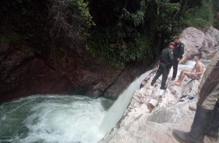 Tragedia en Ataco, una niña de 6 años se ahogó en una cascada 1