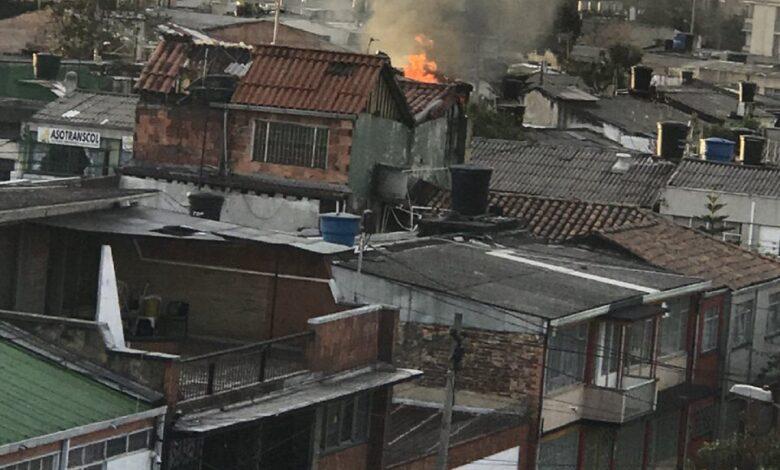 Mujer le prendió fuego a su casa al encontrar al esposo con la amante 1