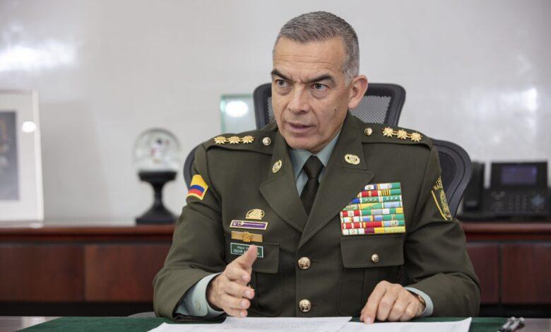 Carlos Holmes salió a defender al General Atehortua, investigado por casas fiscales en el Tolima 1