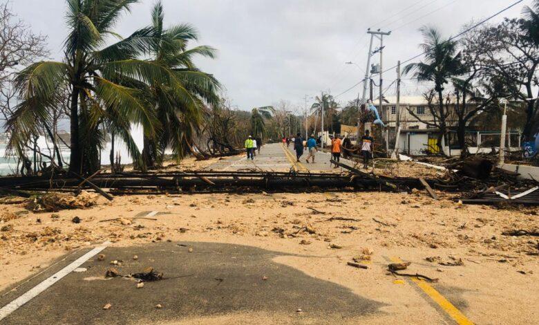 El paso del Huracán lota, dejó estragos en las Islas Colombianas y desencadenó lluvias en el centro del país 1