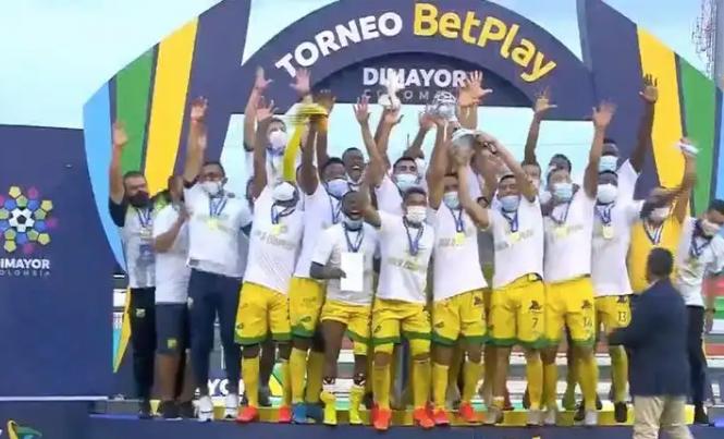 Atlético Huila ganó el torneo apertura BetPlay 2020 y aumentó sus posibilidades de regresar a primera división. 1