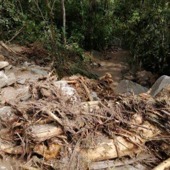 Deslizamientos de tierra tiene incomunicados a los habitantes de Bilbao, Planadas 5