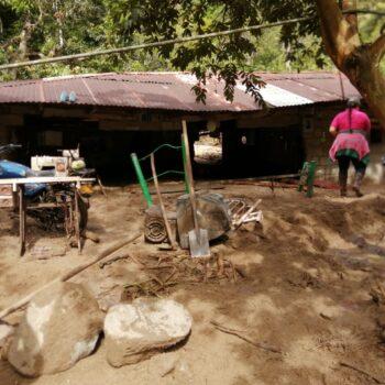 Deslizamientos de tierra tiene incomunicados a los habitantes de Bilbao, Planadas 4