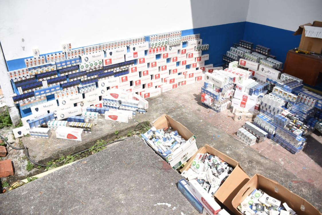 24 mil 100 unidades de botellas de licor adulterado y de contrabando destruidas en el Tolima 6