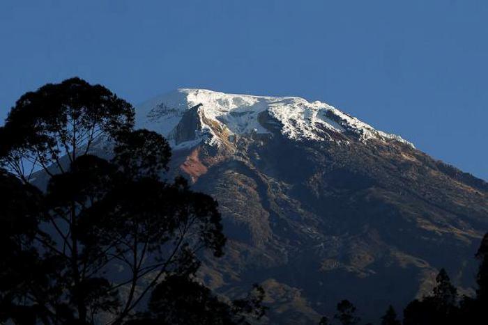 Montañista rodo cerca de 20 metros en el Nevado del Tolima 1
