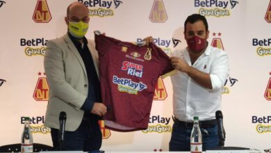 Deportes Tolima presentó su nueva camiseta y patrocinadores en el 2021. 4