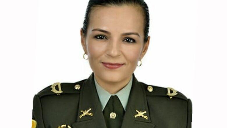 Llega al Tolima una nueva comandante de distrito de la Policía de El Líbano 1