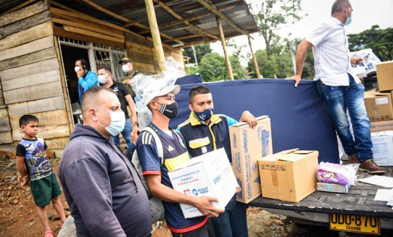 Familias afectadas por deslizamiento de tierra en el barrio Baltazar recibieron ayudas 1