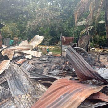 Tres familias lo perdieron todo tras incendio en un barrio de Neiva 3
