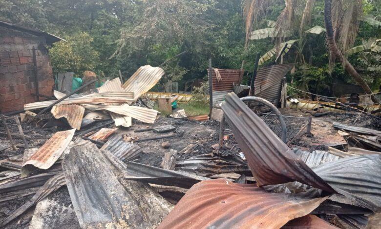 Tres familias lo perdieron todo tras incendio en un barrio de Neiva 1
