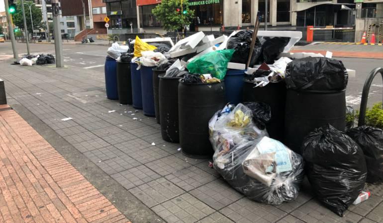 Hallan un cadáver en caneca de basuras de un conjunto residencial en Bogotá 1