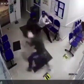 Vaca atacó a pacientes en urgencias de centro asistencial 3