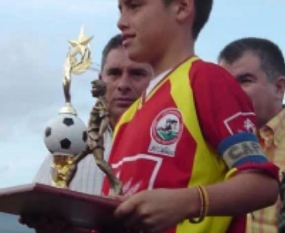 James Rodríguez terminaria su carrera en el Deportes Tolima ? 1