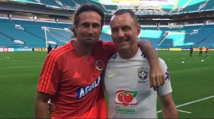 El expreparador de arqueros de la Selección Colombia Des McAleenan, muere en Irlanda. 1