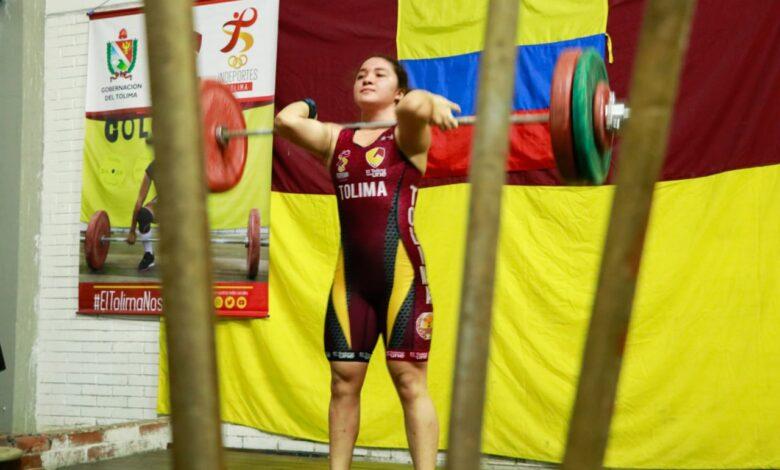 Con positivos resultados la liga de pesas comenzó el año de competencias. 5