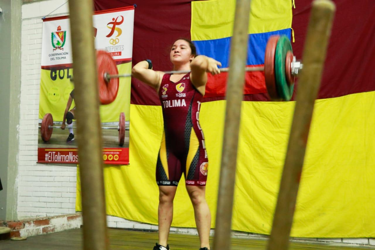 Con positivos resultados la liga de pesas comenzó el año de competencias. 7