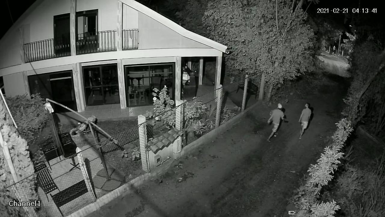 Ladrones en Chucuní se llevaron hasta las llaves de los carros 1