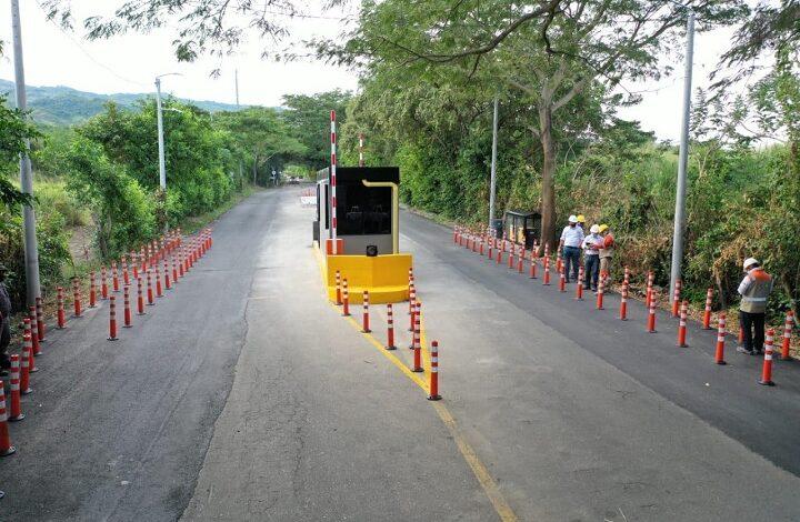 Atracaron el peaje al cruce de Armero en la vía Cambao - Manizales 1