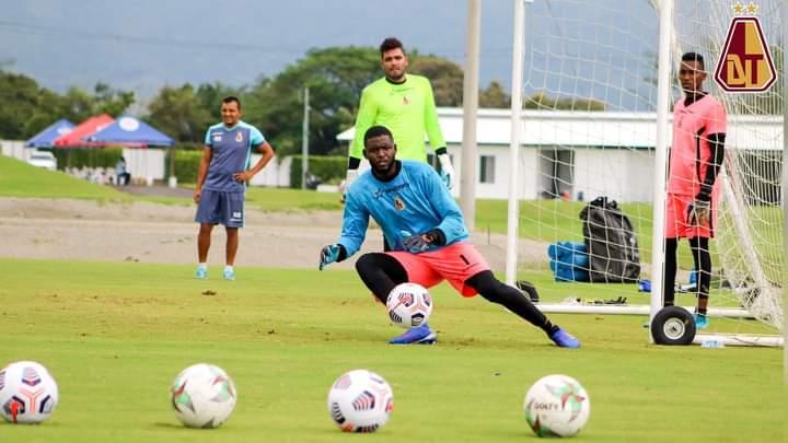 Álvaro Montero sería suplente para el juego de mañana entre Tolima y Jaguares. 10
