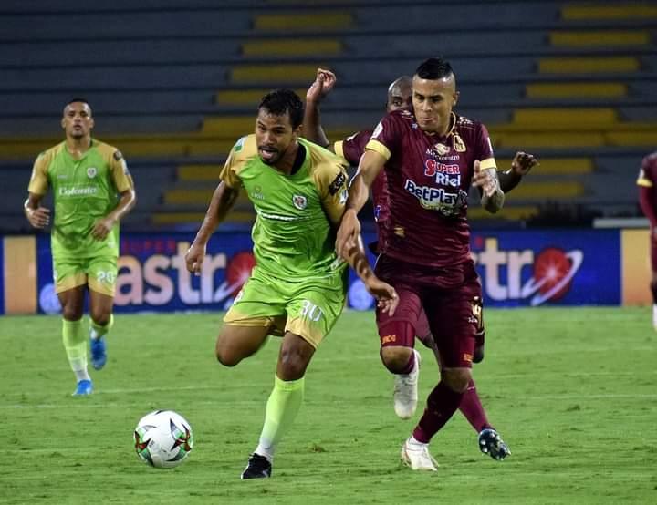 Deportes Tolima venció a Jaguares y es lider del fútbol colombiano. 10