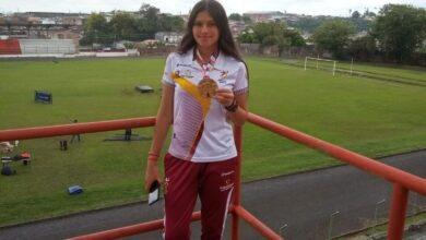 De Santa Isabel con mucho amor y orgullo. Oro en Atletismo con Maryuri Giraldo. 2