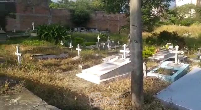 Cementerio de El Salado en completo olvido 1