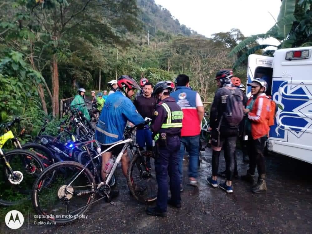 Mas de 50 ciclistas quedaron atrapados por creciente súbita en Cundinamarca 7