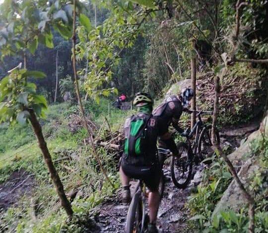 Mas de 50 ciclistas quedaron atrapados por creciente súbita en Cundinamarca 1