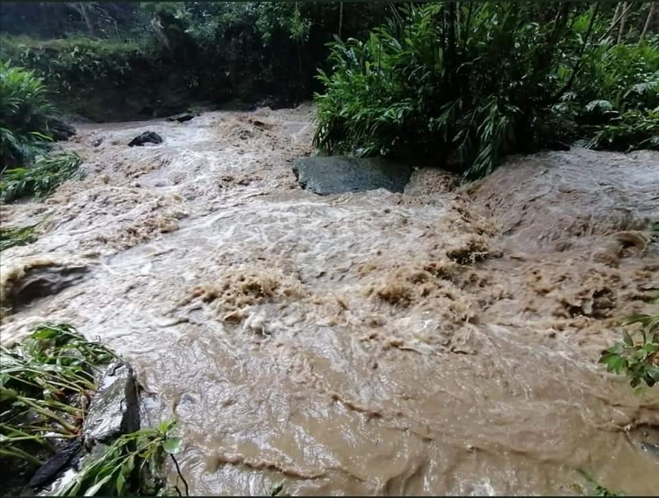 Mas de 50 ciclistas quedaron atrapados por creciente súbita en Cundinamarca 6